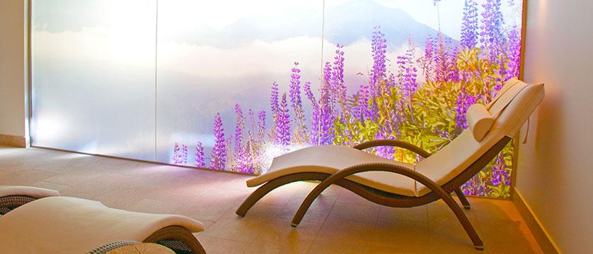 Hotel Nassereinerhof, St. Anton, Austria - relaxation room.jpg